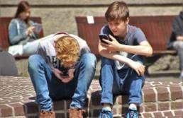 הרצאה להורים למתבגרים: הורות בעידן הטכנולוגי